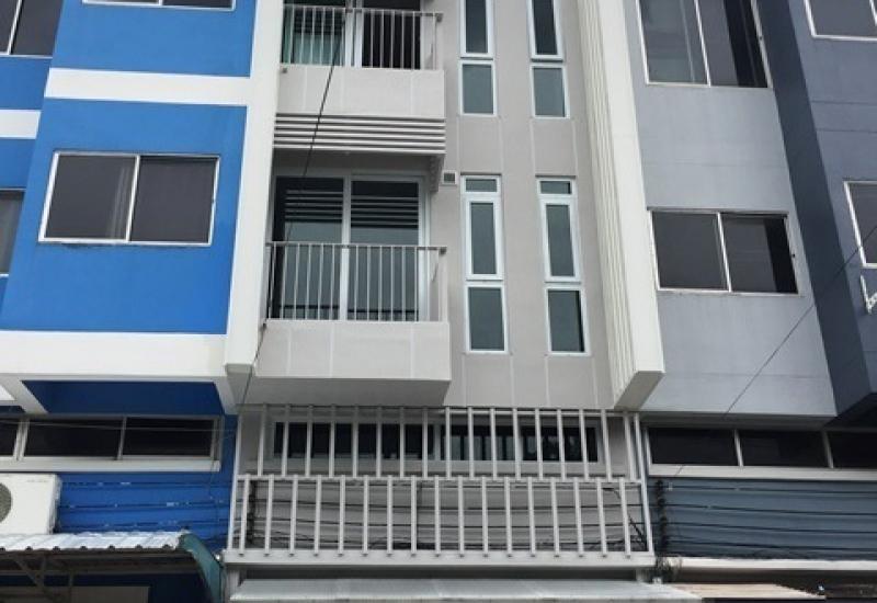 ขายอาคารพาณิชย์ เหมาะสำหรับทำสำนักงาน ร้านค้า และอยู่อาศัย